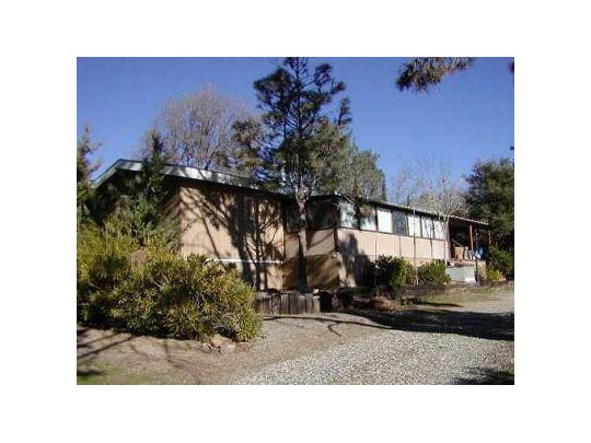 257 Evans Rd, Wofford Heights, CA 93285