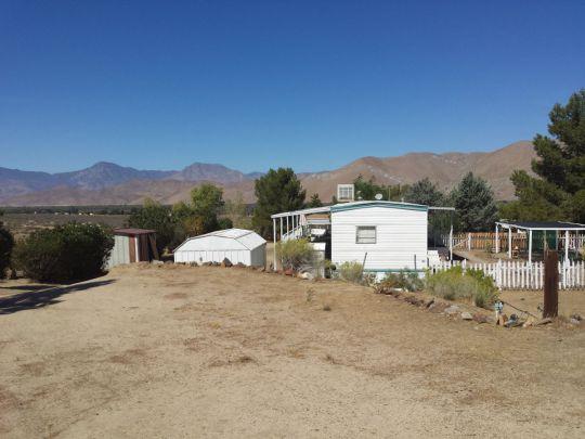 10901 Hand Ct, Weldon, CA 93283