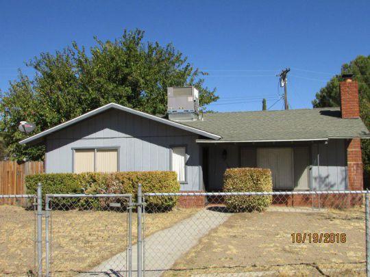 2129 Kem Ave, Lake Isabella, CA 93240
