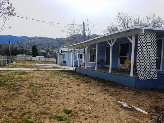 Photo of 444 Pasadena Ln  Lake Isabella  CA