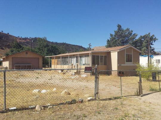 Photo of 2424 commercial Ave  Lake Isabella  CA