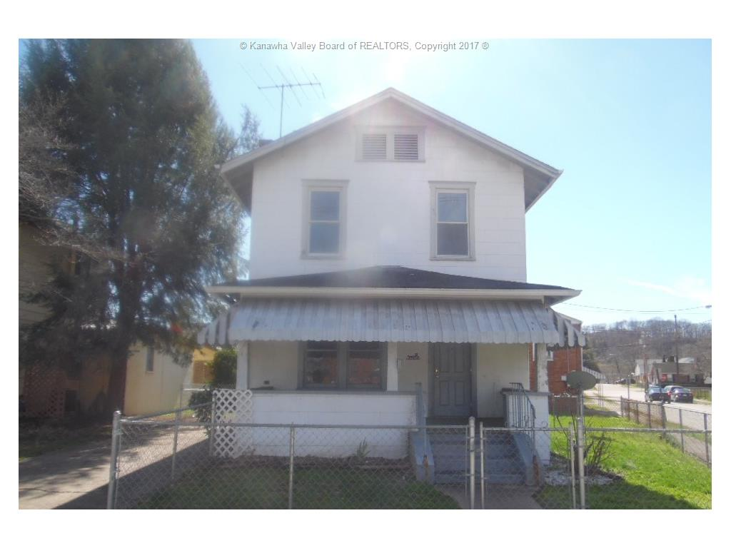 1515 Grosscup Ave, Dunbar, WV 25064