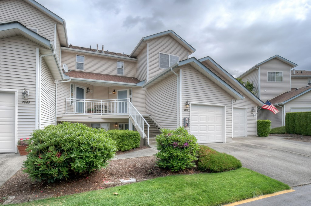 Photo of 2067 S 368th Place  Federal Way  WA