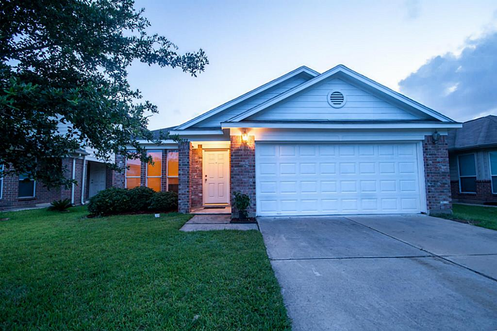 Photo of 3203 Barkers Crossing Avenue  Houston  TX