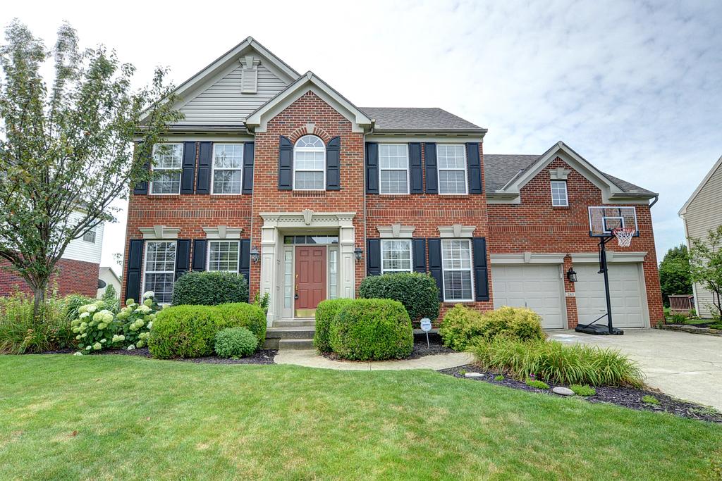 Photo of 245 East Manor  Springboro  OH