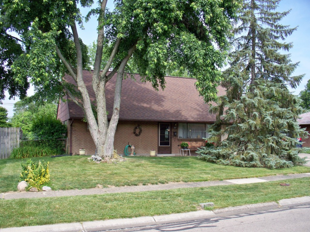 Photo of 5807 Resik Dr  Huber Heights  OH