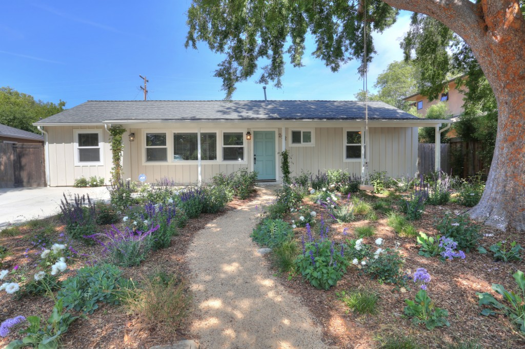 Photo of 222 E Calle Laureles  Santa Barbara  CA