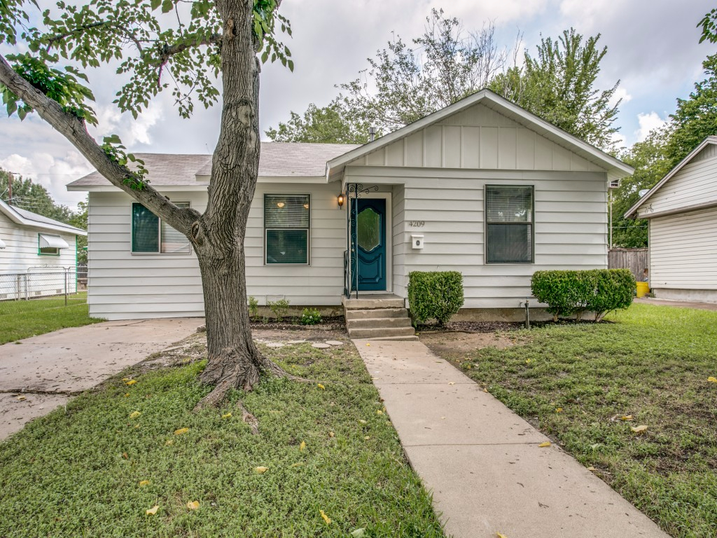 Photo of 4209 Voncille St  Haltom City  TX