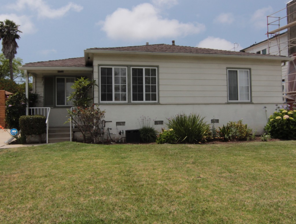 Photo of 8111 Westlawn  Westchester  CA