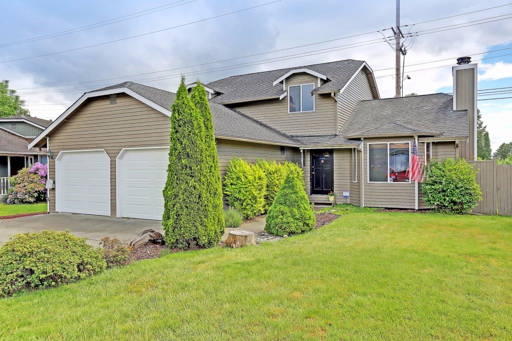 Photo of 1224 227th Place SW  Bothell  WA