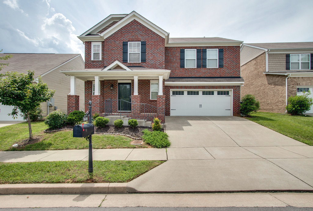 Photo of 1608 Stonewater Dr  Hermitage  TN