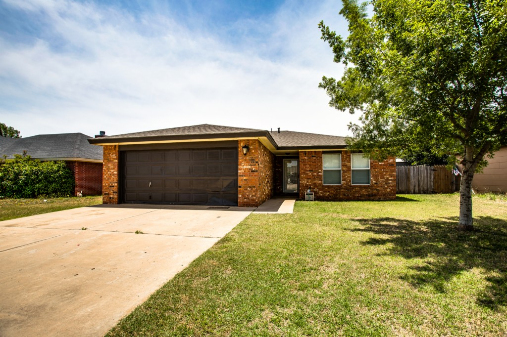 Photo of 514 E 79th St  Lubbock  TX
