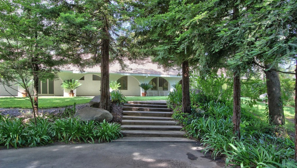 Photo of 2525 Mohammed Ln  Newcastle  CA