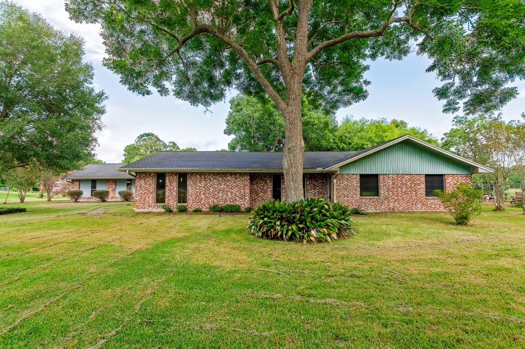 Photo of 14914 LaBelle Road  Beaumont  TX