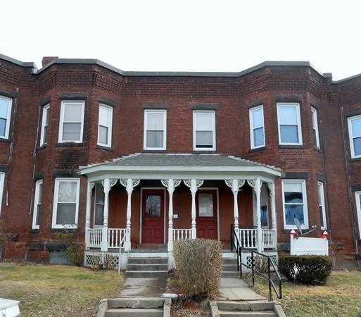 Photo of 524 Pleasant Street  Holyoke  MA