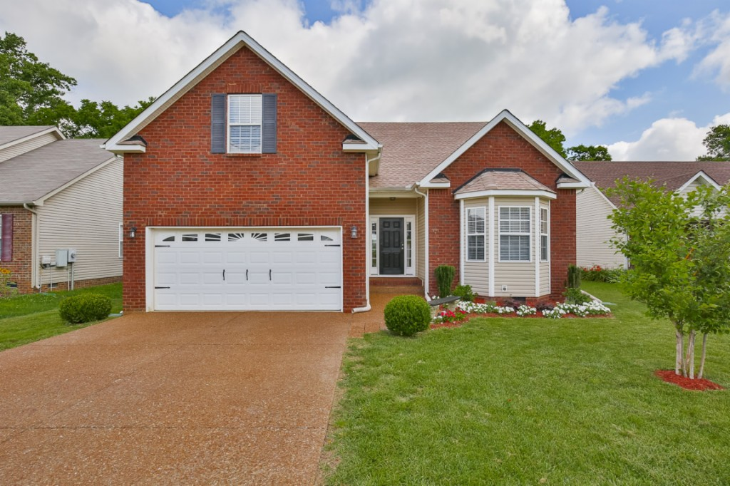 Photo of 1042 Golf View Way  Spring Hill  TN