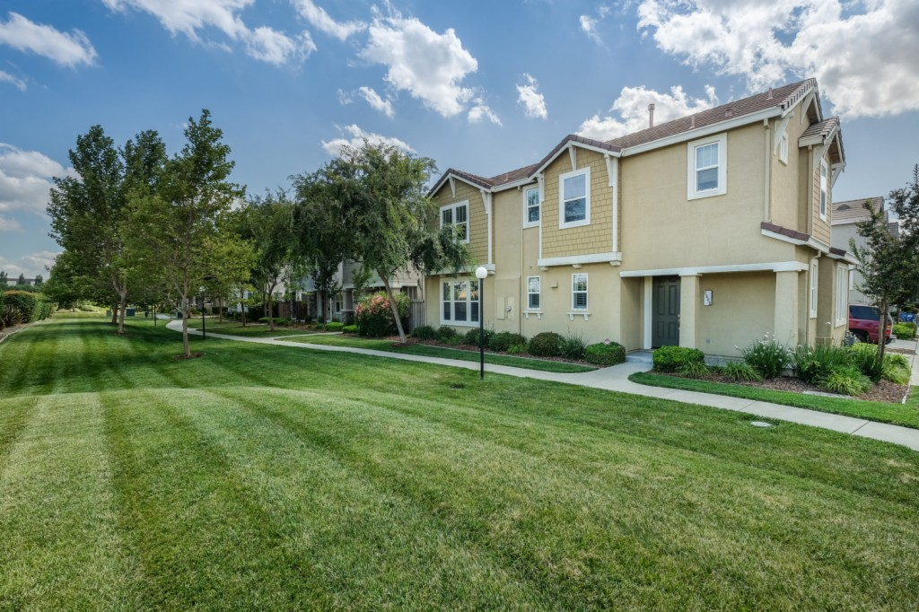 Photo of 3660 Tice Creek Way  Sacramento  CA