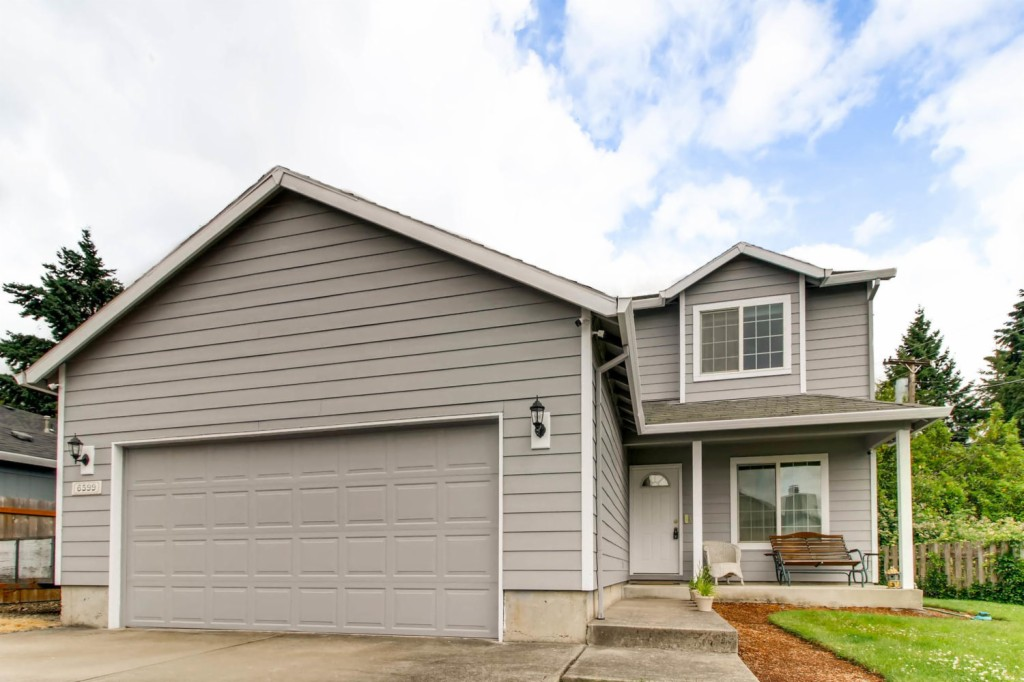 Photo of 6599 SW 192nd Ave  Beaverton  OR