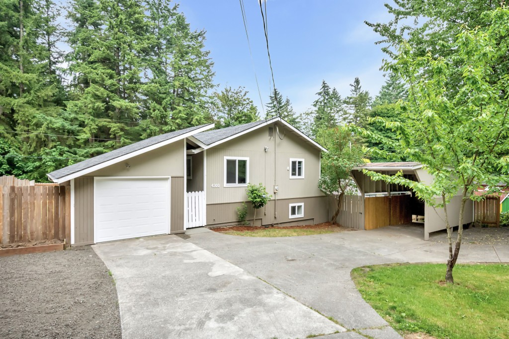 Photo of 4300 Robinson Rd NE  Bremerton  WA