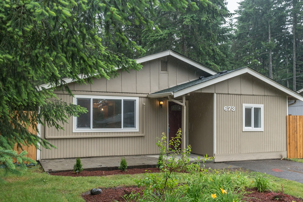 Photo of 673 SW Shannon Dr  Port Orchard  WA