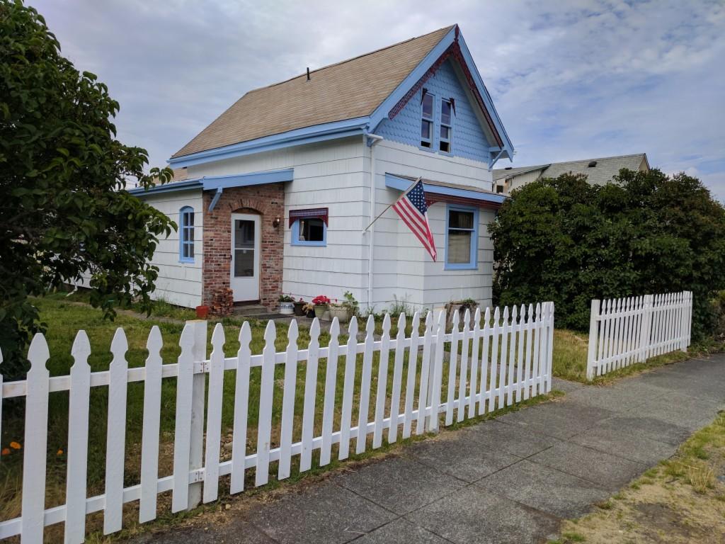 Photo of 615 East Morton  Tacoma  WA