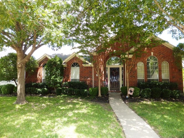 Photo of 8208 STEAMERS Ln  Frisco  TX