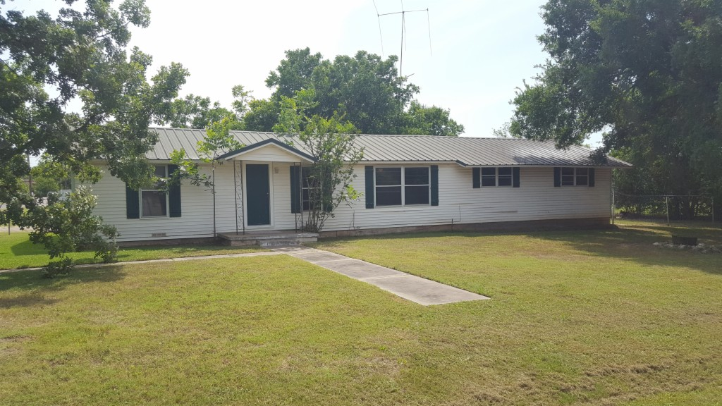 Photo of 1300 S OLD ROBINSON ROAD  ROBINSON  TX