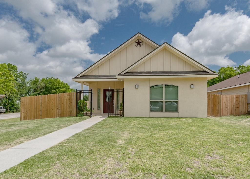 Photo of 510 Ash Street  Bryan  TX