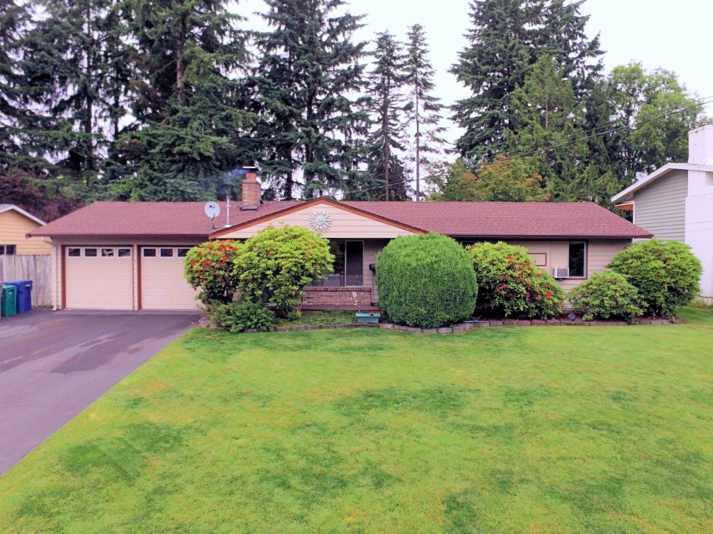 Photo of 8442 NE 139th St  Kirkland  WA