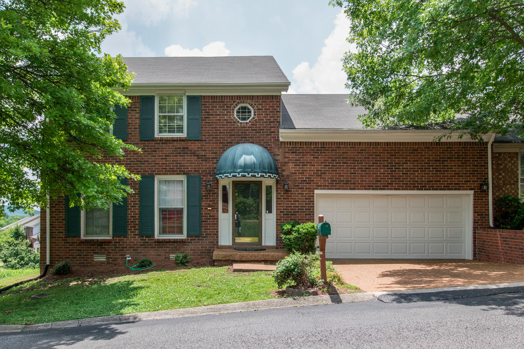 Photo of 1524 Mooreland Blvd  Brentwood  TN