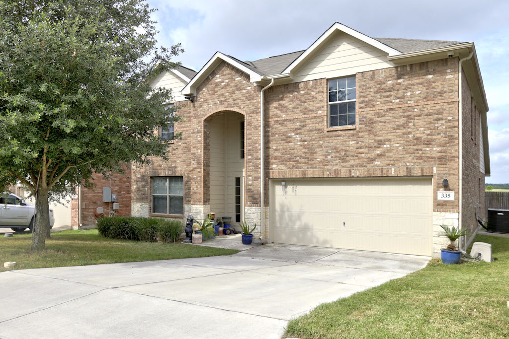 Photo of 335 Primrose Way  New Braunfels  TX