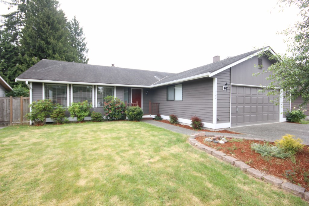 Photo of 722 89th St SE  Everett  WA