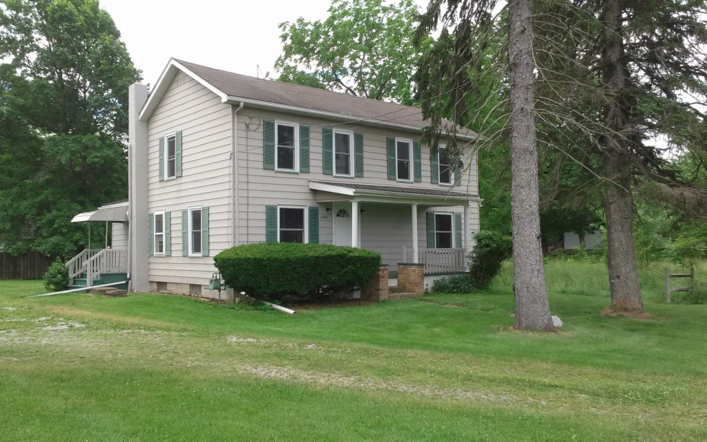 Photo of 1262 State Route 183  Atwater  OH