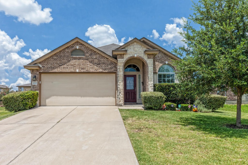Photo of 6725 Mundo Dr  Woodway  TX