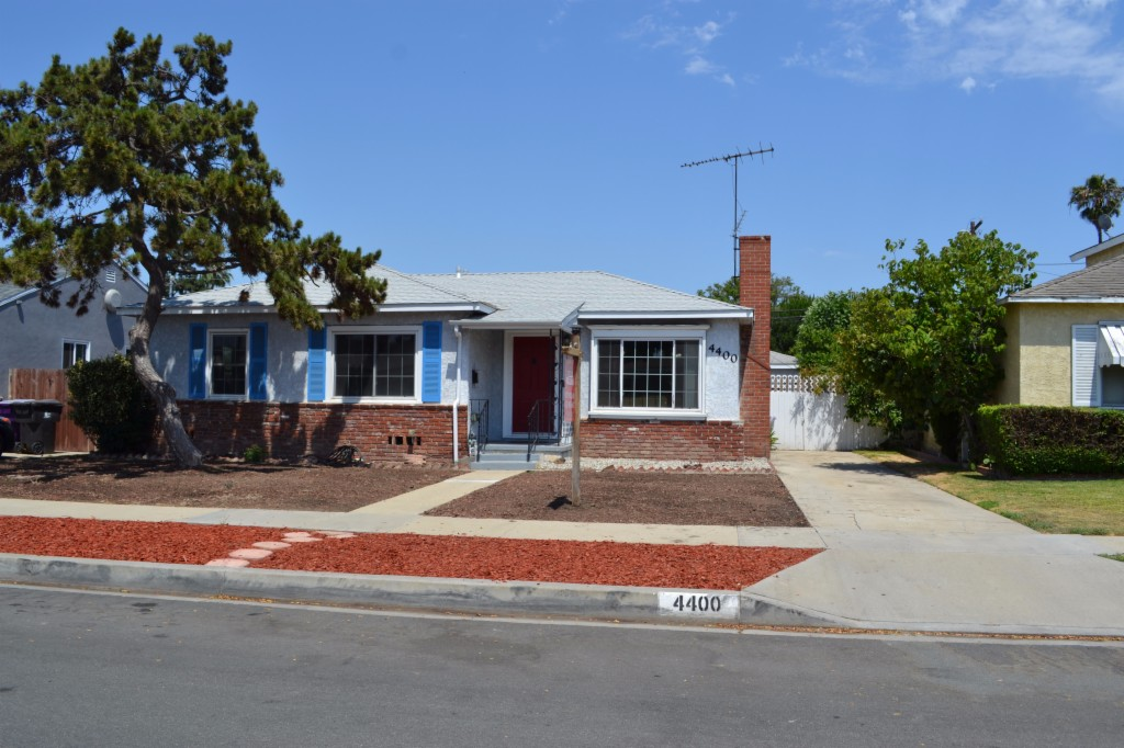 Photo of 4400 Gundry  Long Beach  CA
