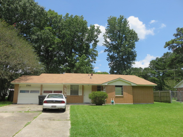 Photo of 2745 Cedarcrest Dr  Baton Rouge  LA