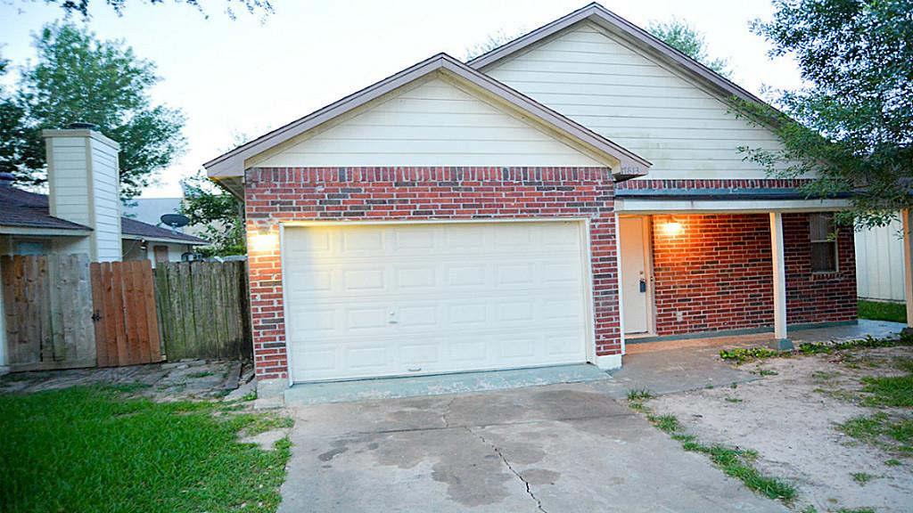 Photo of 17813 Glenmark  Houston  TX