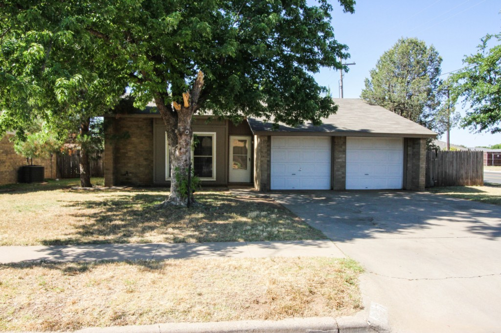 Photo of 6027 13th  Lubbock  TX