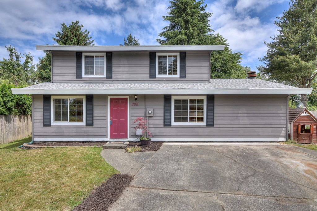 Photo of 708 NE Normandy Dr  Bremerton  WA