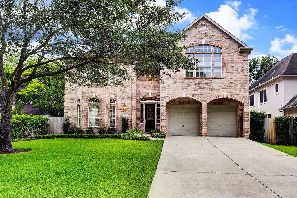 4503 Maple, Bellaire, Texas