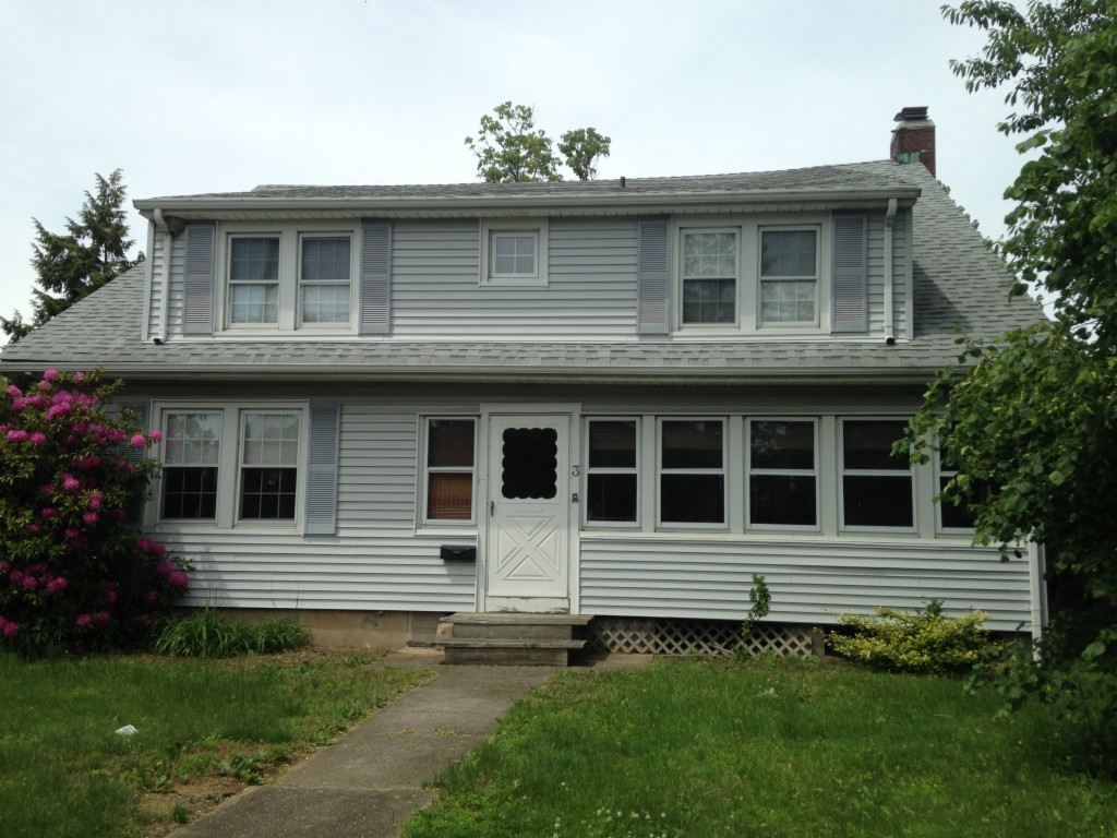 Photo of 3 Fairview Ave  Great Neck  NY