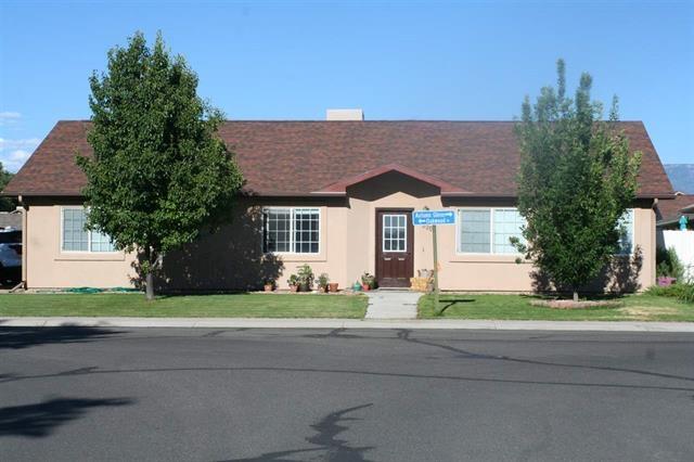Photo of 3007 Oakwood Dr  Grand Junction  CO