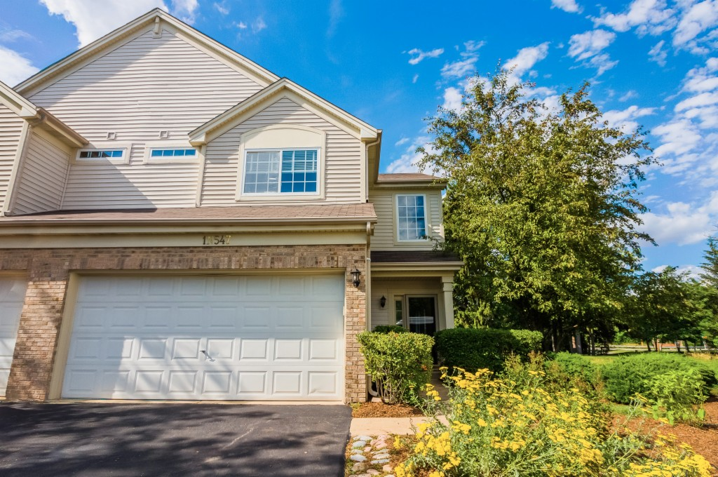 Photo of 1N547 Creekside Ct  Lombard  IL