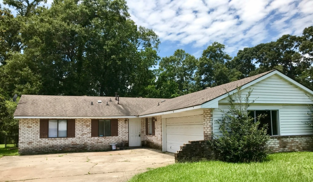 Photo of 3275 Ottawa Drive  Baton Rouge  LA
