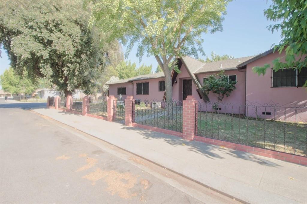 Photo of 1012 Sanburg Ave  Modesto  CA