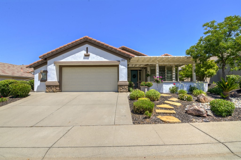 Photo of 2212 Winding Way  Lincoln  CA