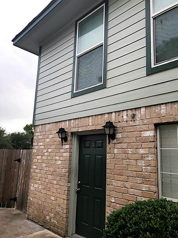 Photo of 1114 Murrayhill Drive  Houston  TX