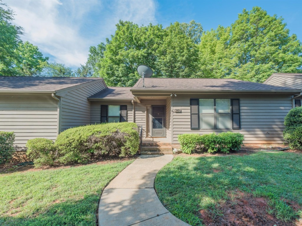 Photo of 383 Sweetgum Dr  Fort Mill  SC
