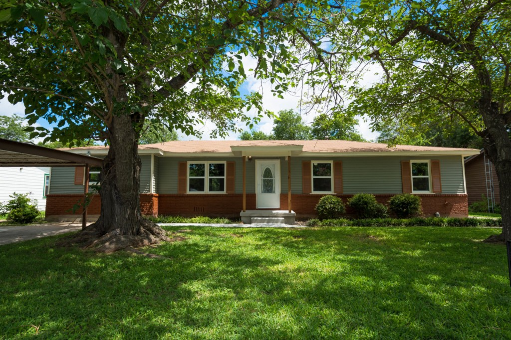 Photo of 125 S Meadowbrook Street  Waco  TX