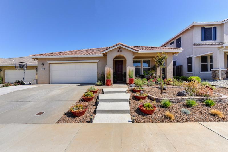 Photo of 12323 Pawcatuck Way  Rancho Cordova  CA